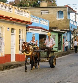 cuba-horse-carriage