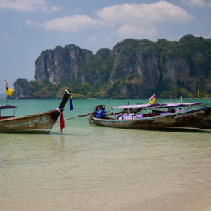 Railay-Beach-Thailand Longboats