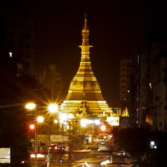 sule paya night Yangon-Burma-Myanmar