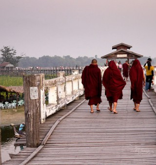 monks in mandalay u bein bridge