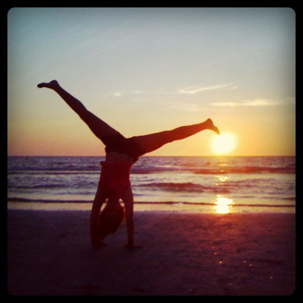 beach cartwheel