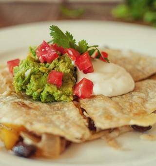 Bean and pepper Mexican quesadilla recipe