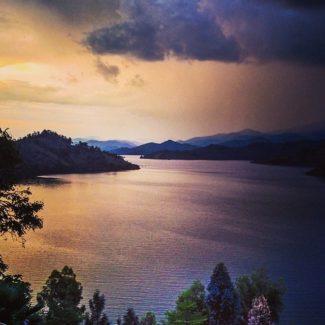 rwanda-lake-kivu